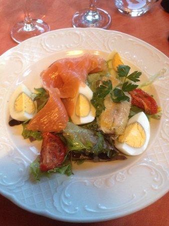 Le Pavé des Minimes : Salade fraîcheur (sardine, saumon,) très bon
