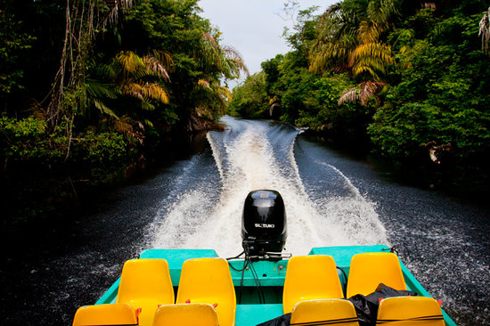 Turtle Beach Lodge: Transportation through the Tortuguero Canals
