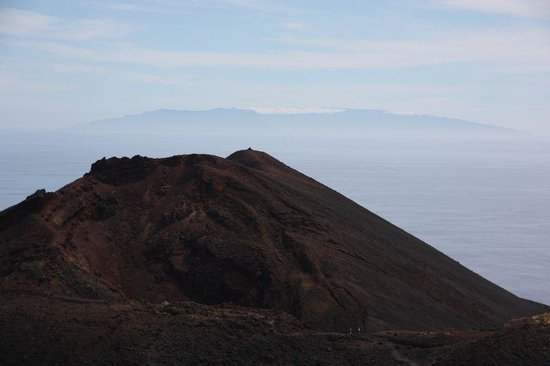 Fuencaliente de la Palma, Spain: Volcan Teneguia with island in background