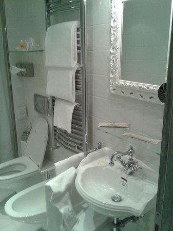 Hotel Antiche Figure : baño