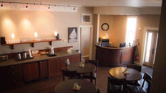 Bird Rock Hotel: Lobby