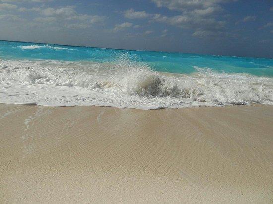 Club Med Columbus Isle : Mer un peu agitée