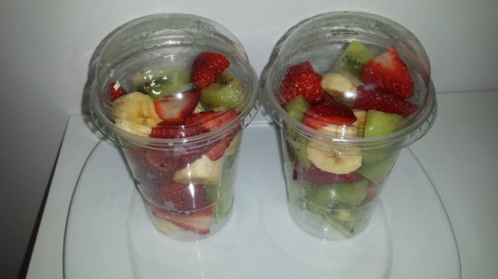 SHAKAS Beach&Food : ensalada de frutas