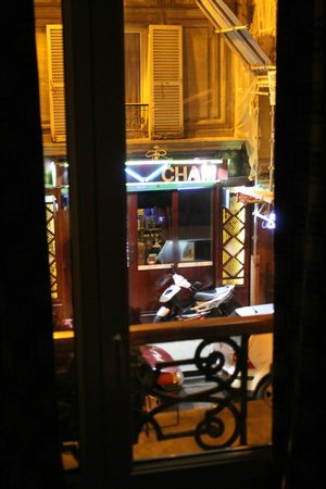 Fiat Hotel : Вид на улицу