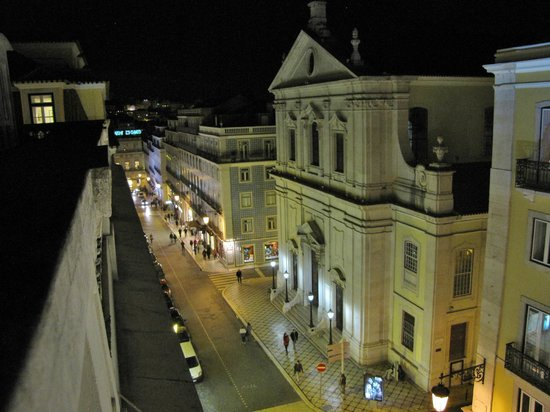 Hotel Borges Chiado : Ausblick bei Nacht
