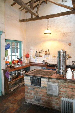 Anandamayi Hostel: Cuisine