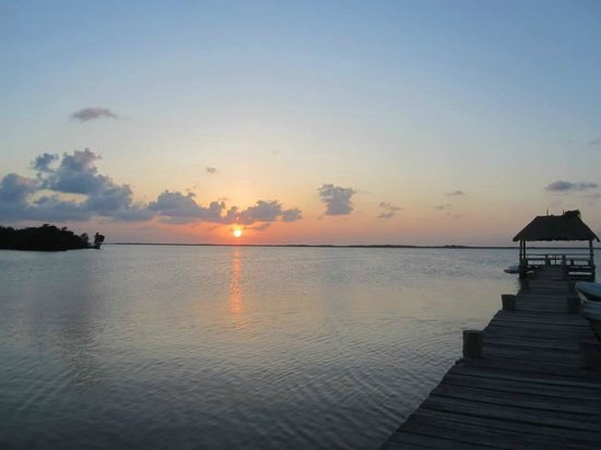Bungalos Costa del Sol: The lagoon