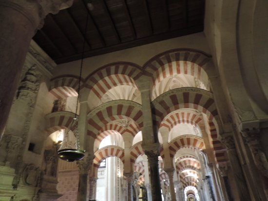 Moschee-Kathedrale (Mezquita de Córdoba): Interior de la Mezquita