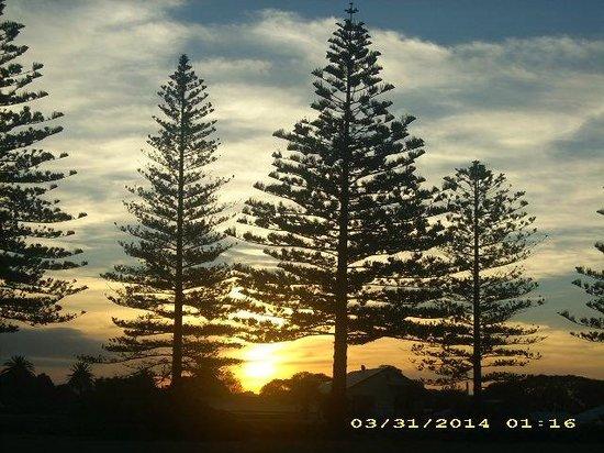 Quality Inn Napier Travel: Sunset on Marine Parade