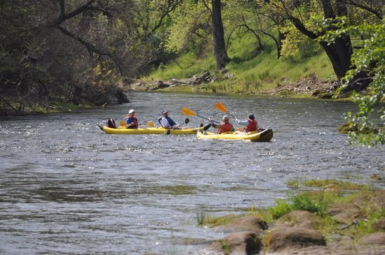 River Journey Adventures Day Tours: waiting for the rest of the 6some...