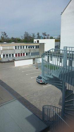 Goethe Hotel: Parking place