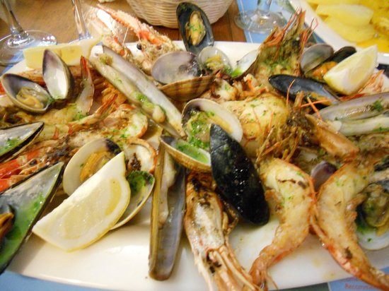 Bodega d'es Port : Shellfish platter for dinner