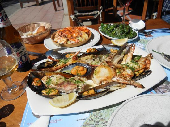 Bodega d'es Port : Fish and shellfish platter for lunch