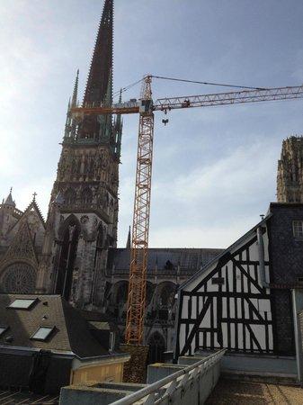 Mercure Rouen Centre Cathedrale Hotel : Vue depuis la chambre