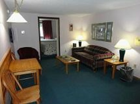 Eastern Inns: One Bedroom Suite