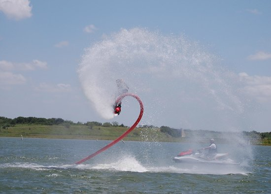 Flyboard North Texas: Flyboarding it up
