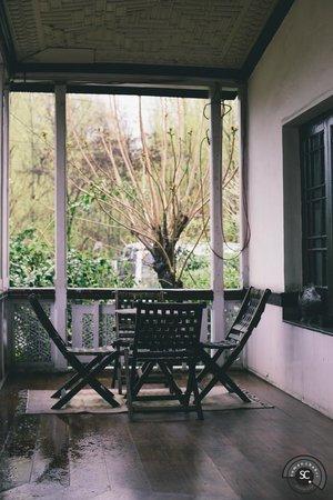 The Dak Hermitage: Sitout