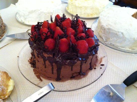 Chantilly's Tea Room: Celebration cake .... Chocolate & Strawberries