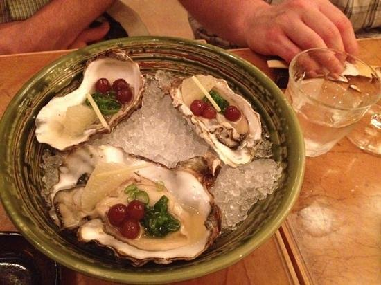 Oysters picture of mochi the hague tripadvisor for 195 american fusion cuisine