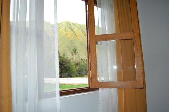 San Agustin Urubamba Hotel : Vista de la habitación 2