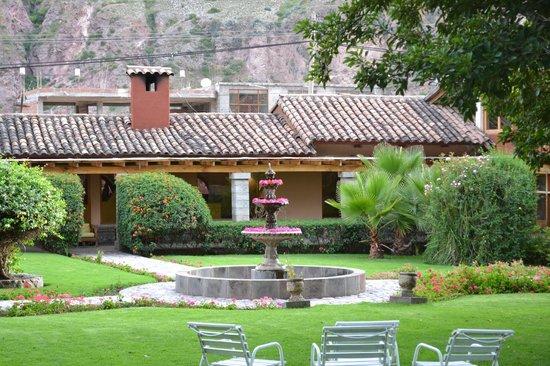 San Agustin Urubamba Hotel : Uno de los jardines del hotel