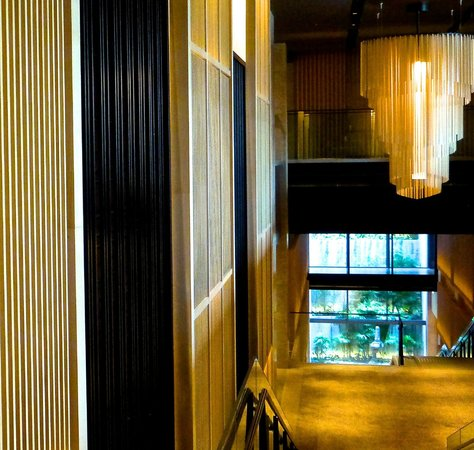 The Ritz-Carlton, Kyoto: More attention to detail; view down stairs
