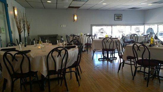 Fenicci's Restaurant : Dining area