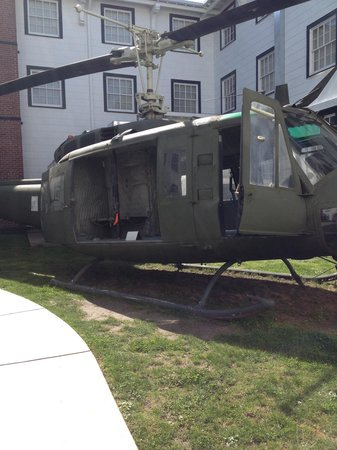 Ft. Lewis Military Museum: Huey in the courtyard