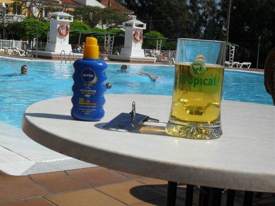 Cordial Green Golf: pool