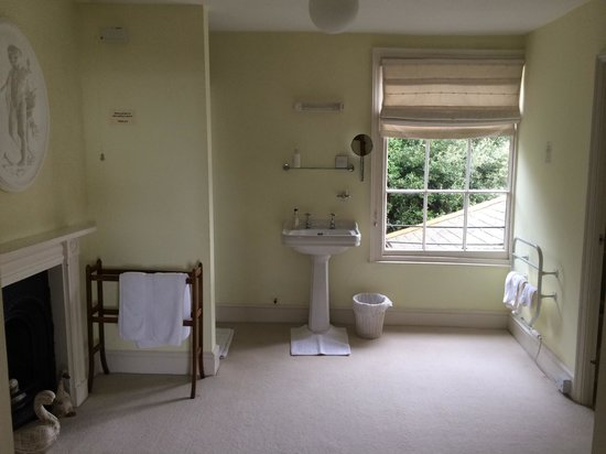 Lammas Park House: Oxford room bathroom