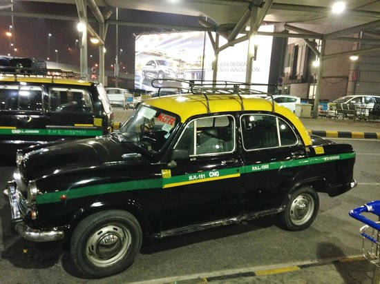 The Lalit New Delhi: Prepaid taxi - Will it make the trip?