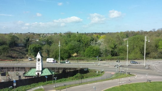 Premier Inn Watford (Croxley Green) Hotel: nice view of the landscape