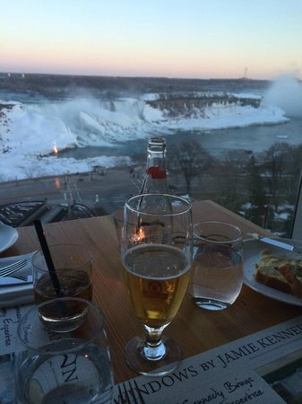 Sheraton on the Falls : Dinner at Windows. Excellent food and view. Great service.