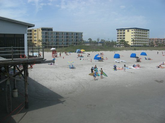 La Quinta Inn & Suites Cocoa Beach Oceanfront: taken from the pier