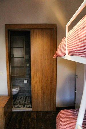 Seyyah Hostel Istanbul: Twin Bunk Room
