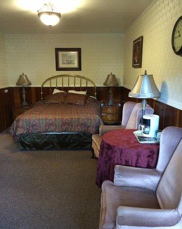 Miranda Gardens : Our cabin room