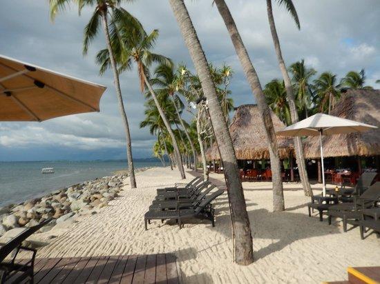 The Westin Denarau Island Resort & Spa Fiji: Westin Hotel Fiji, the photo shows it nicer than it really is, honestly!