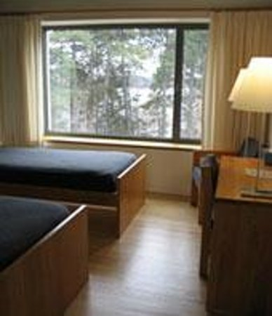 Collegeville, Миннесота: Twin Bedroom with View of Lake Sagatagan