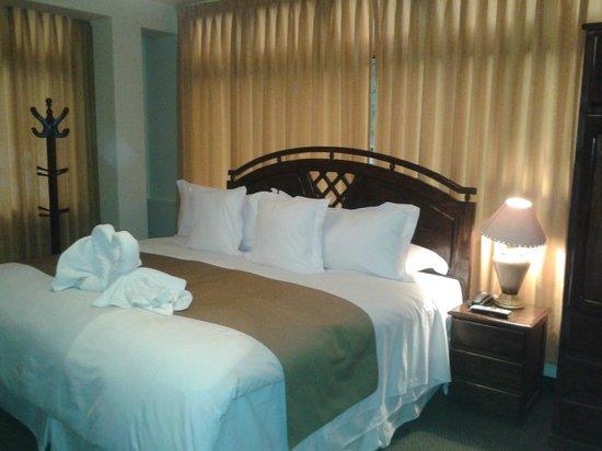 Inti Punku Machupicchu Hotel: Cama aconchegante