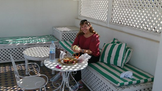 Riad Layali Fes: glorieta en la terraza
