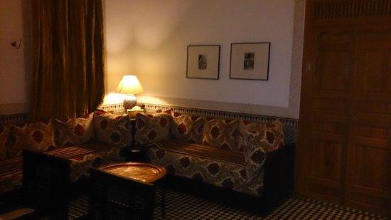 Riad Layali Fes: zona de los sillones