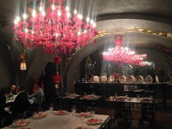 Sadko : quite a decor
