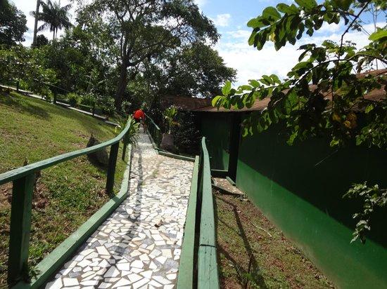 Amazônia Jungle Hotel: Área de circulação de acesso às suítes