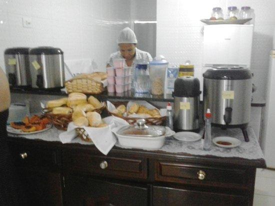Pousada Mar Azul: Café da manhã divino!