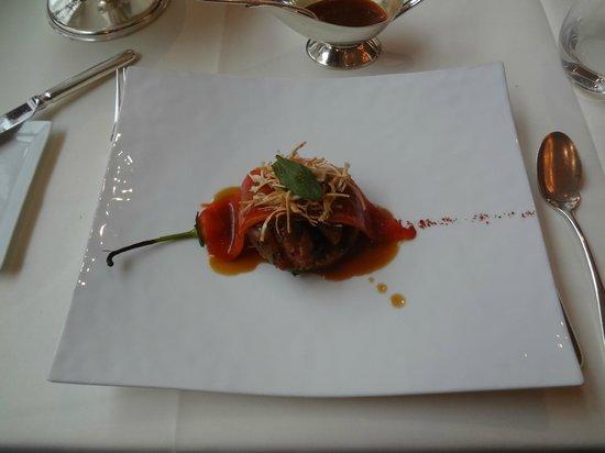 Fischers Fritz: ужасная свинина, кажется именно из-за этого блюда была изжога и рвота
