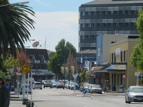 Ellena Court Motel: View to town center