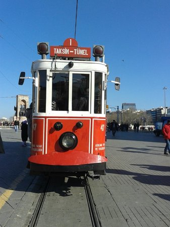 SV Boutique Hotel: Tram in Istikcal caddesi - Walking distance from hotel