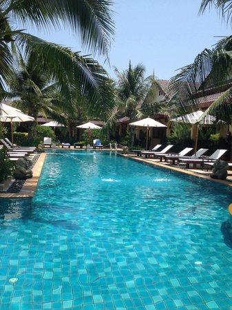 Le Piman Resort: Dejlig pool/have