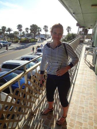 Beachwalk Inn: motel
