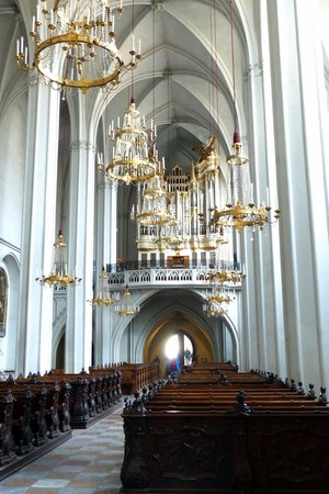 Augustinerkirche: Gothic style nave at St. Augustine's Church